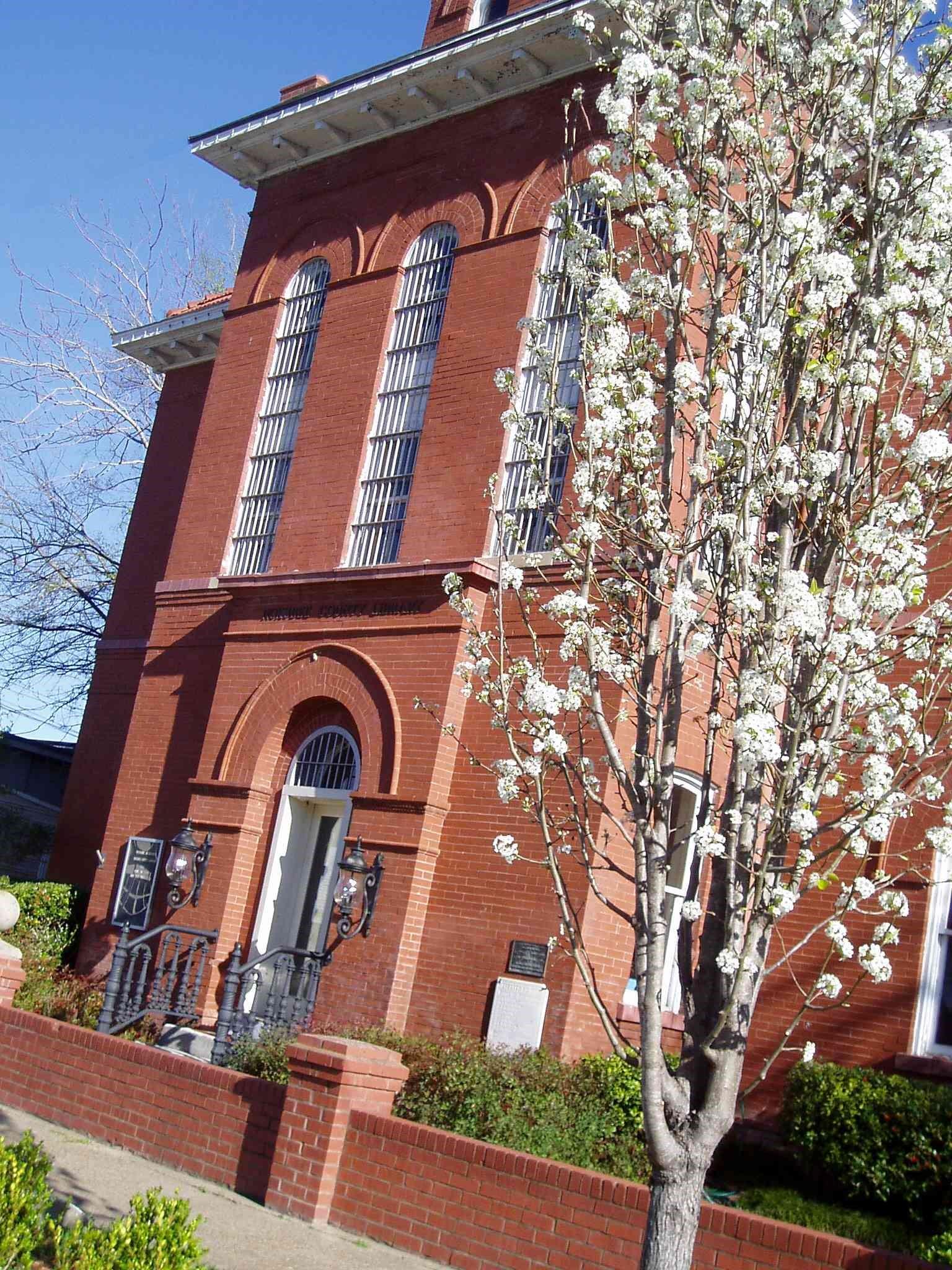 Noxubee County Public Library